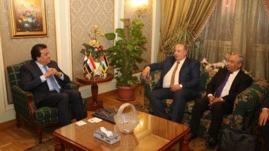 وزير التعليم العالى يلتقي وزير التعليم العالي الفلسطيني