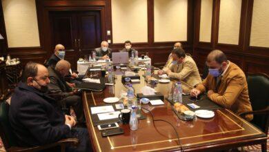 Photo of وزير الرياضة يجتمع مع مديري الصالات المستضيفة لمنافسات المونديال عبر الفيديو كونفرانس