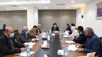 Photo of وزير الشباب والرياضة يلتقي بمجلس أمناء مجمع حسن مصطفي لكرة اليد والالعاب الرياضية